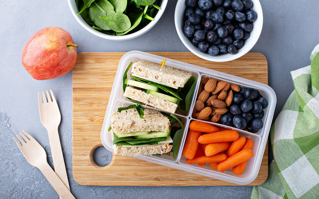 Easy Plant-Based Lunchbox Ideas!